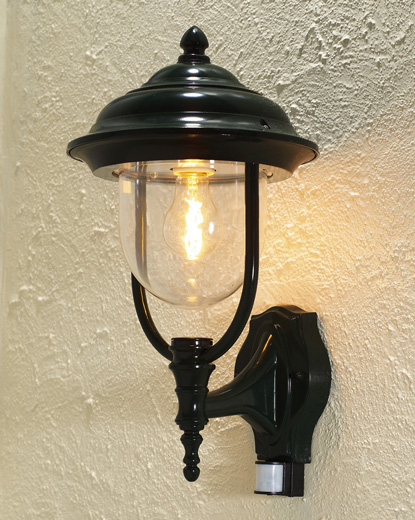 Lantern Wall Light Pir : Covered Wall Lantern with PIR