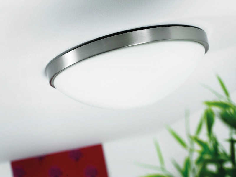 flush light with built in motion sensor