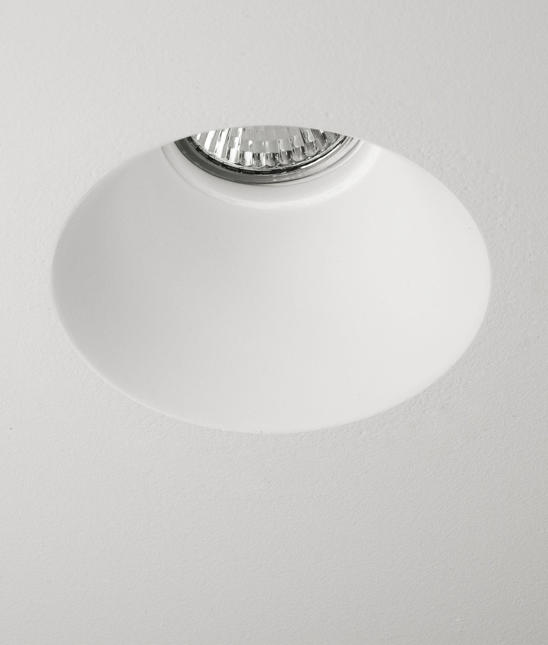 Trimless Plaster-in Downlight - Round