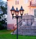 Stylish Tri-Head Lamp Post