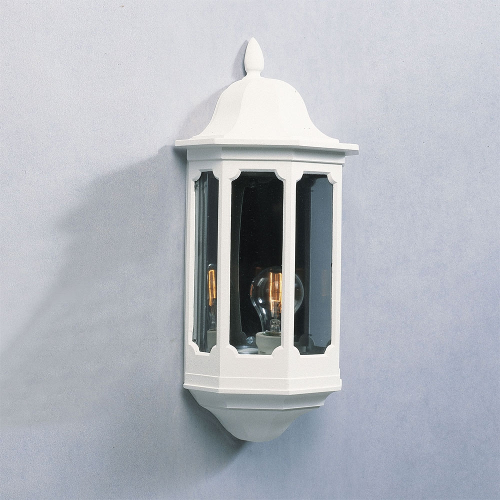 Traditional Exterior Flush Mounted Light