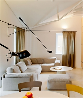 265 Counterbalanced Wall Light by Flos