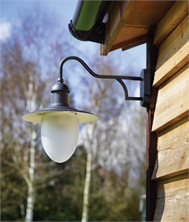 IP44 Traditional Styled Lantern with Frosted Glass Diffuser