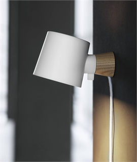 Rise Wall Lamp with Trailing Lead
