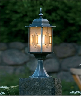 Traditional Exterior Post Light