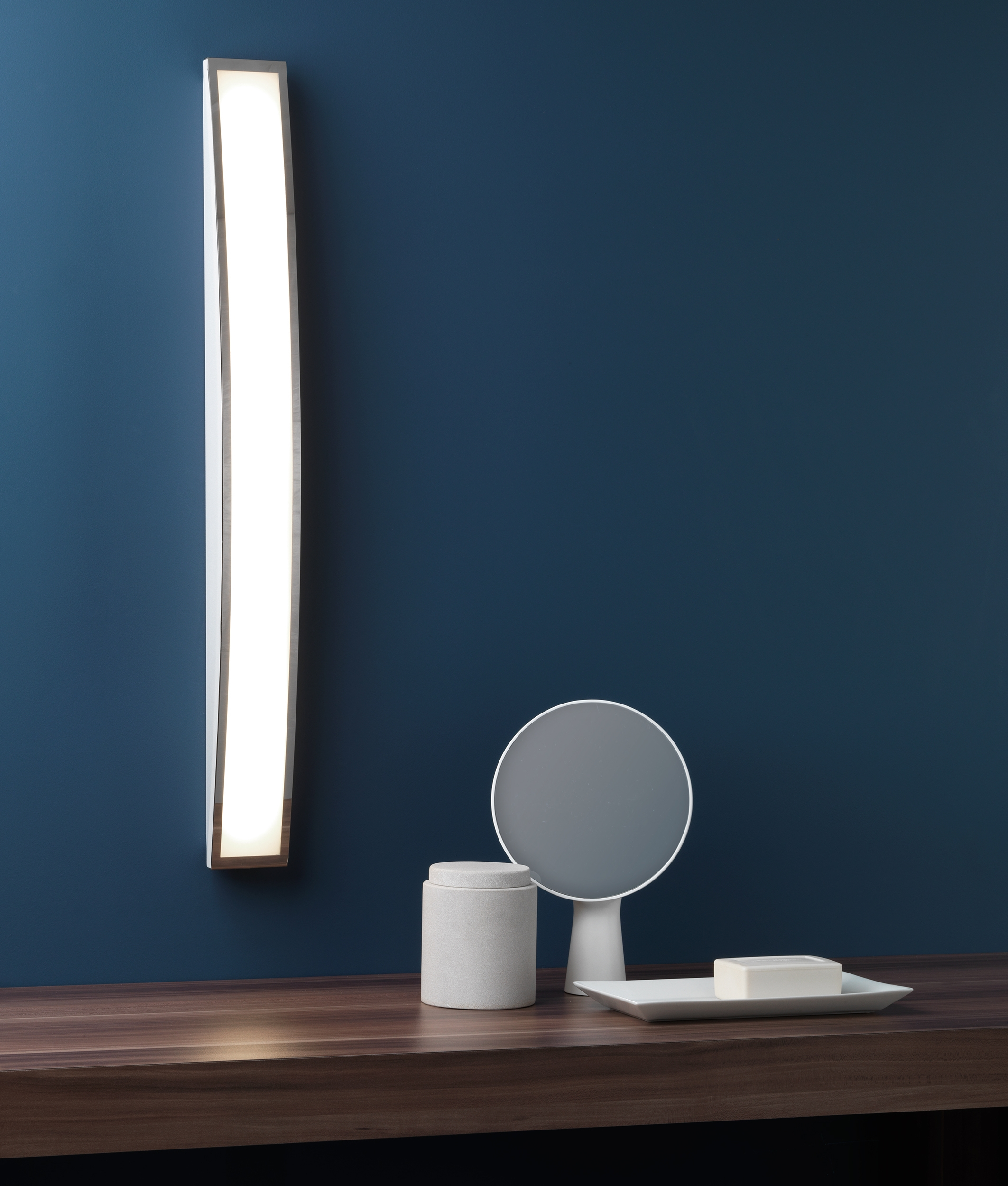 Diffused Bathroom Over Mirror Led Light 640mm Wide