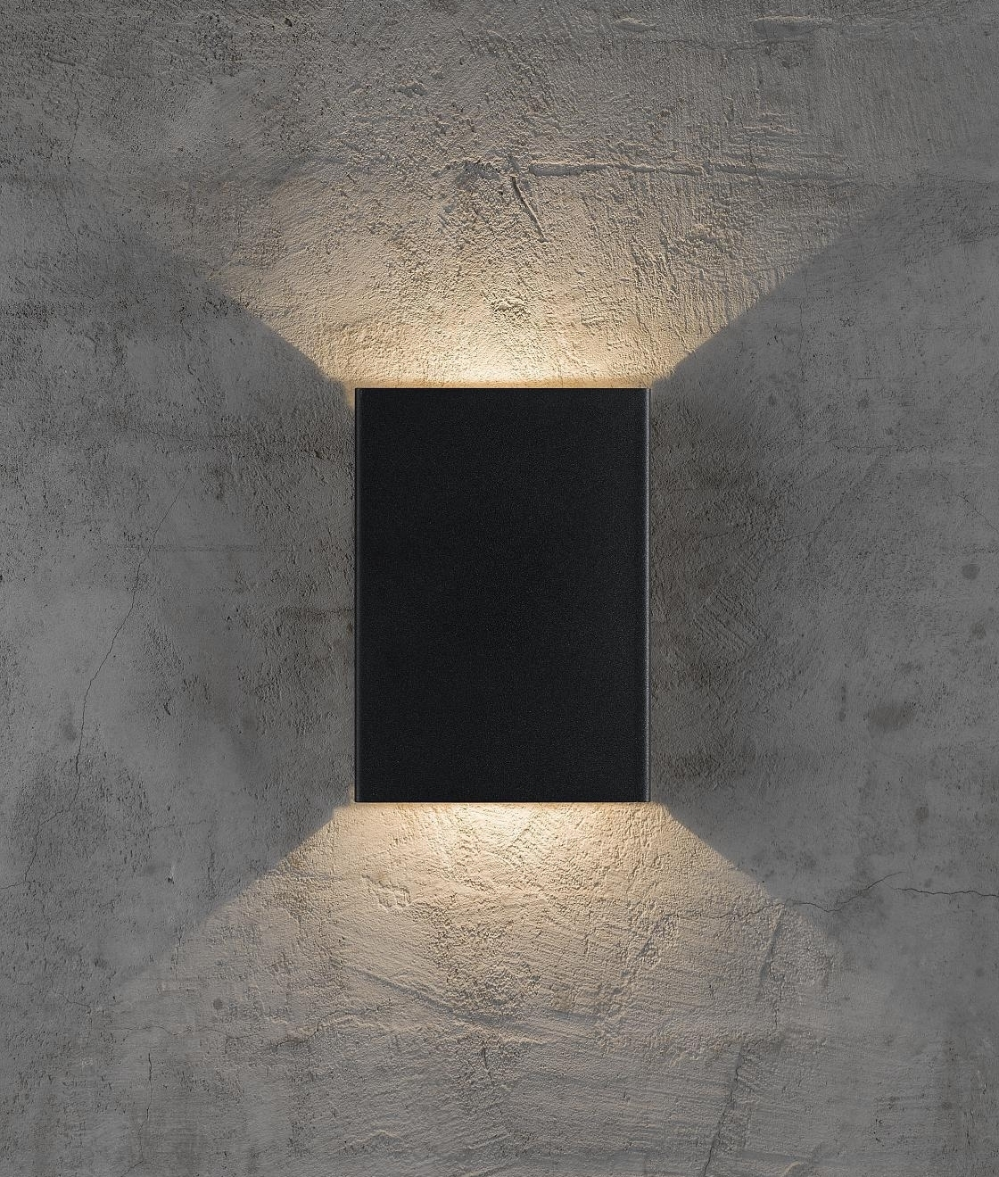 Up And Down Wall Light Supplied With Arrary Of Filters For