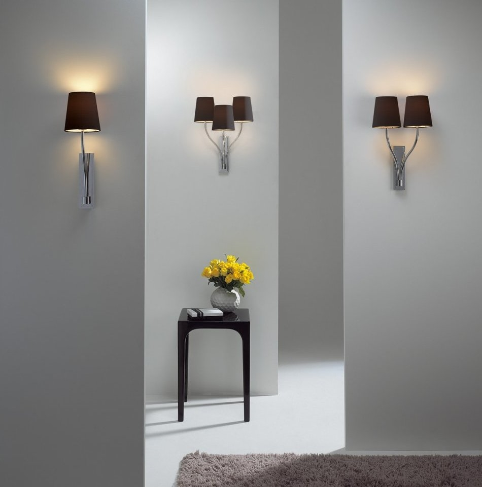 Elegant Wall Bracket Light In Chrome With Choice Of Fabric