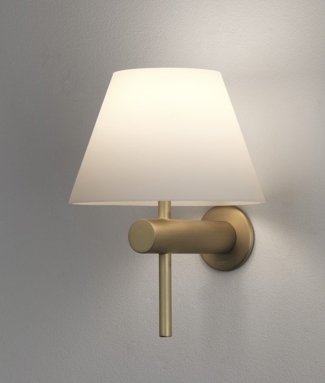 Bathroom Safe Wall Light With Glass Coolie Shade