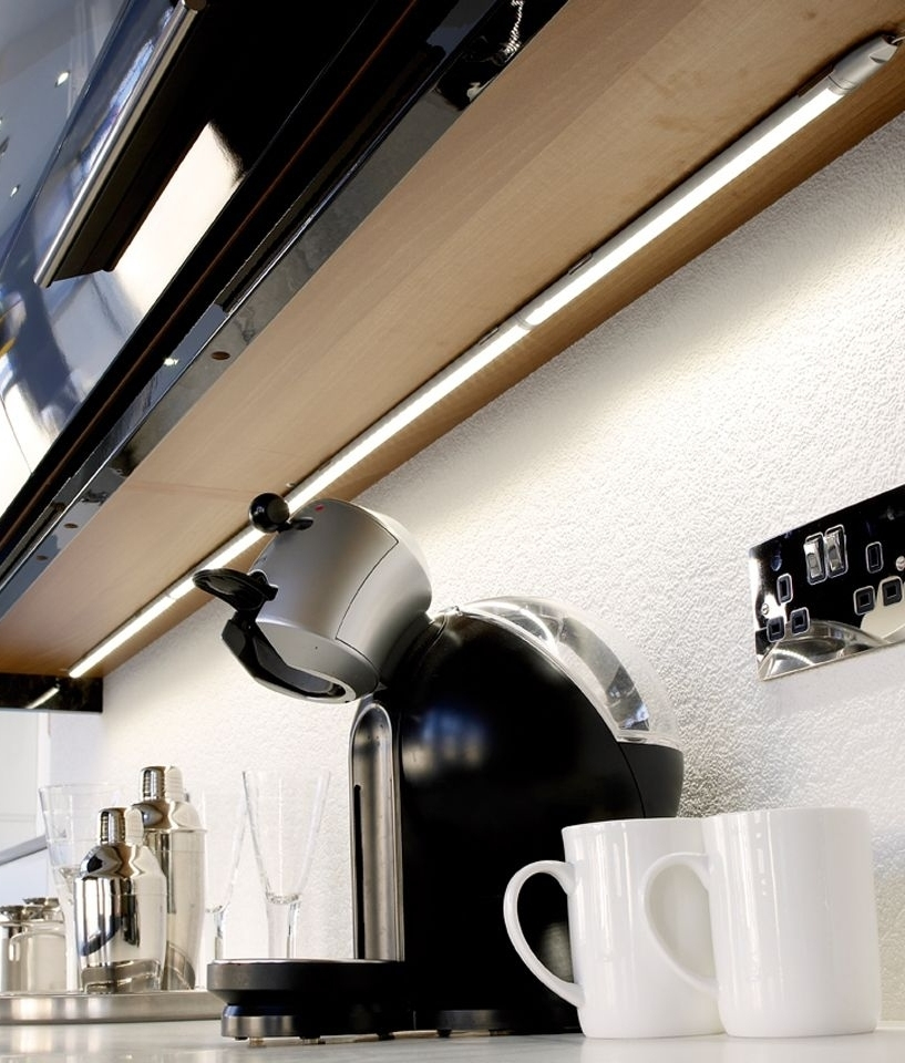 Slimline Linkable Led Strip Light Easily Installed Under Kitchen Cabinets