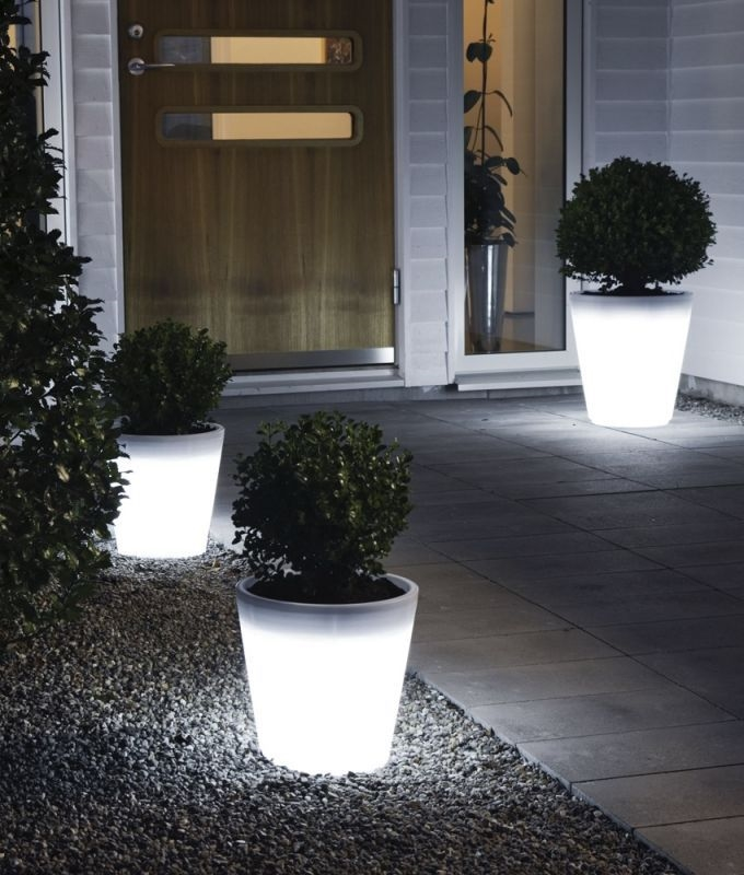 LED Light up flower pot - Tall garden glow planter -100% ...