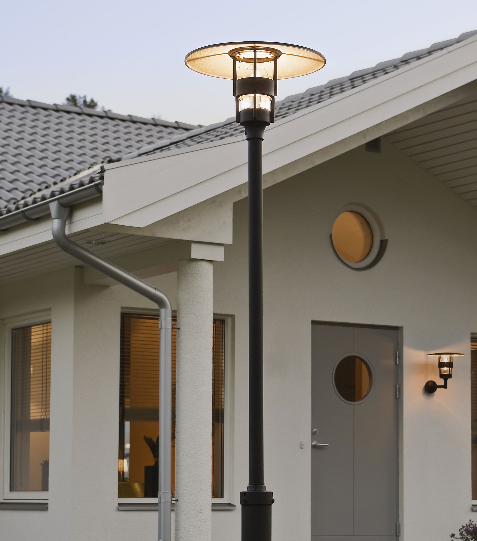 Modern lamp post in black with low glare low glare modern lamp post in black complete with pole total height 2320mm aloadofball Gallery