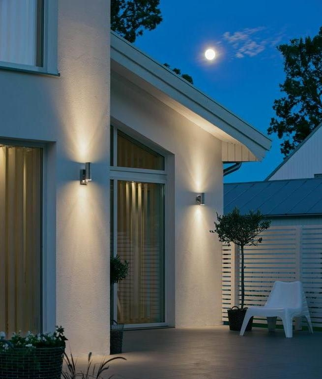 up and down pir motion sensor wall light for exterior use. Black Bedroom Furniture Sets. Home Design Ideas