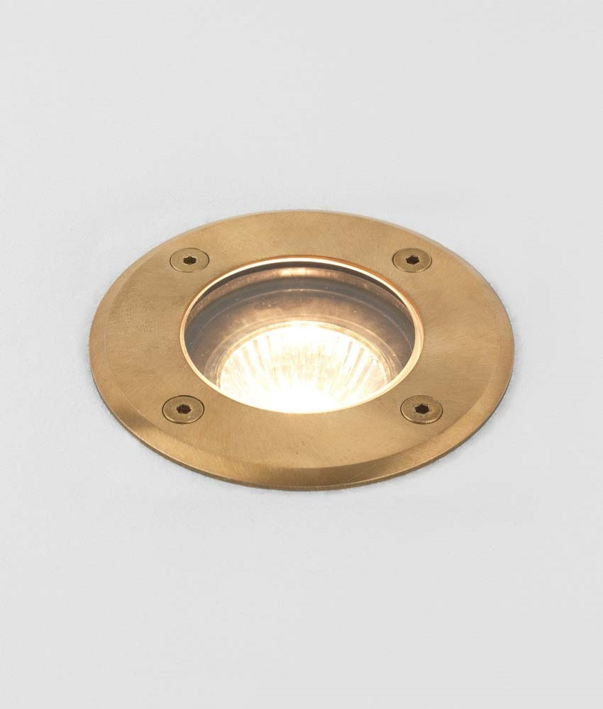 Outside Lights Nuisance: Ground Uplighter In Brass For Coastal Areas