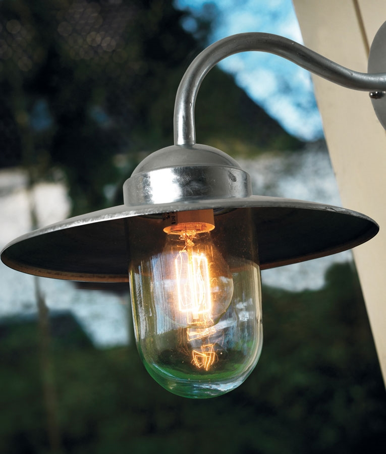 Outside Halogen Wall Lights : Weatherproof Well Light