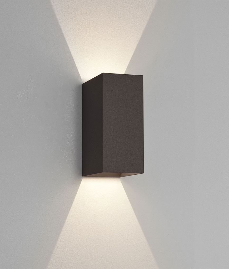 LED Up & Down Exterior IP65 Wall Light with crisp white light and sharp beams on walls