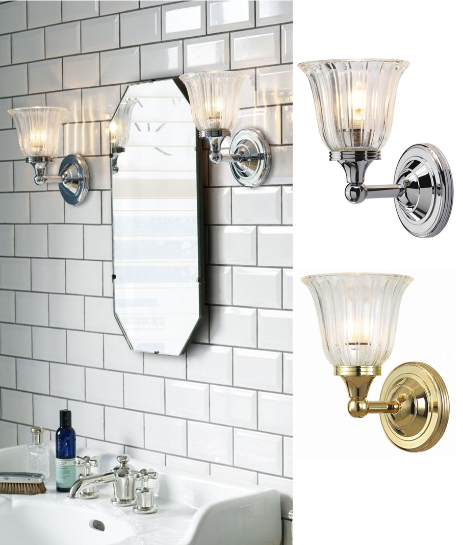 Traditional Styled Bracket Wall Light For Bathrooms With Tulip Shaped Glass Shade