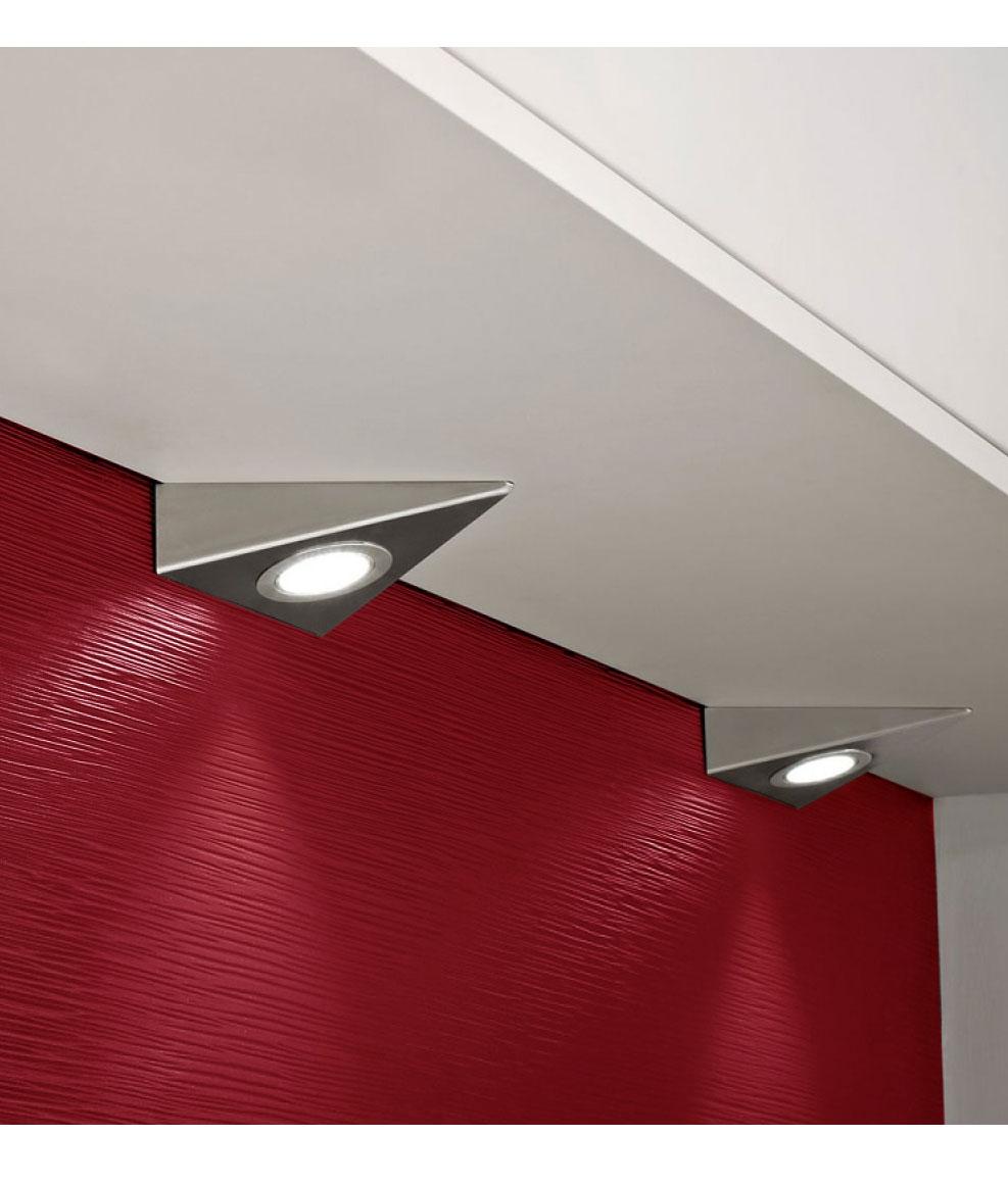 Wedge Shaped Under Cabinet Light For Halogen Lamps
