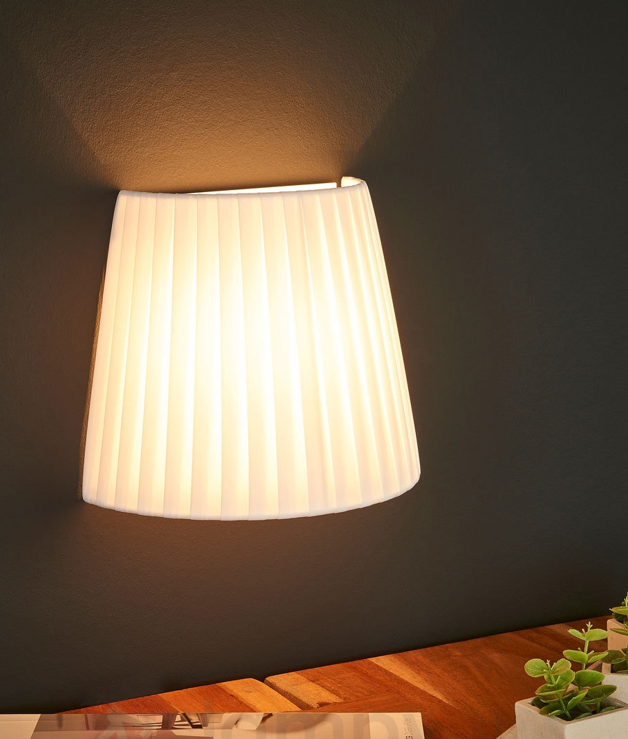 Cruved Flush Mounted Wall Light & Pleated Shade