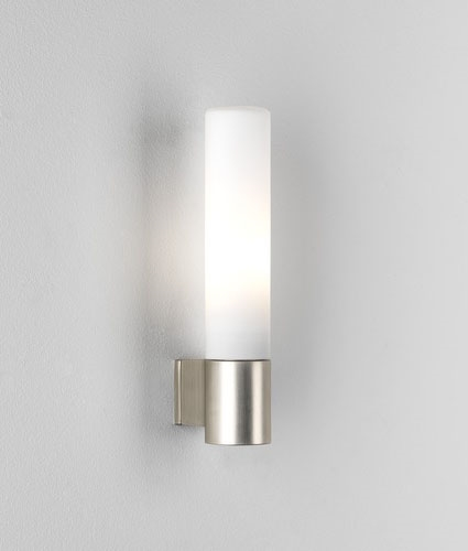 Zinc Halogen Tubular Wall Mounted Bathroom Light Ip44