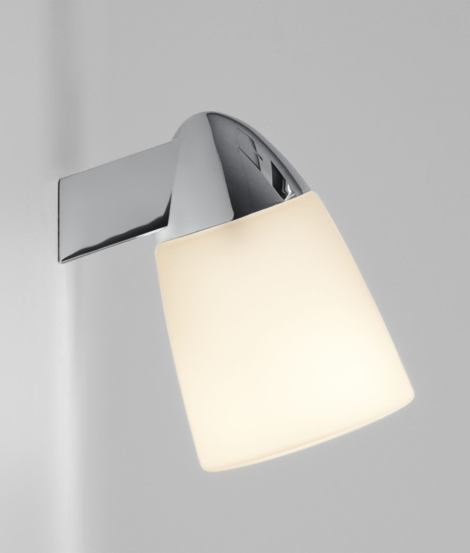 Small Chrome Wall Lights : Small Chrome & Glass Wall Light