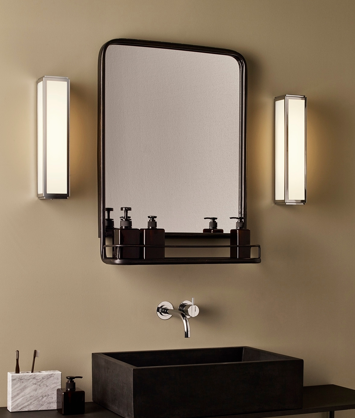 Deco Bathroom Mirror: Stylish Low Energy Wall Light In Art Deco Style