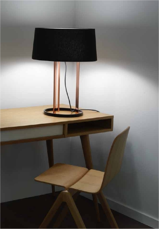 Stunning Modern Table Lamp In Rose Gold Finish