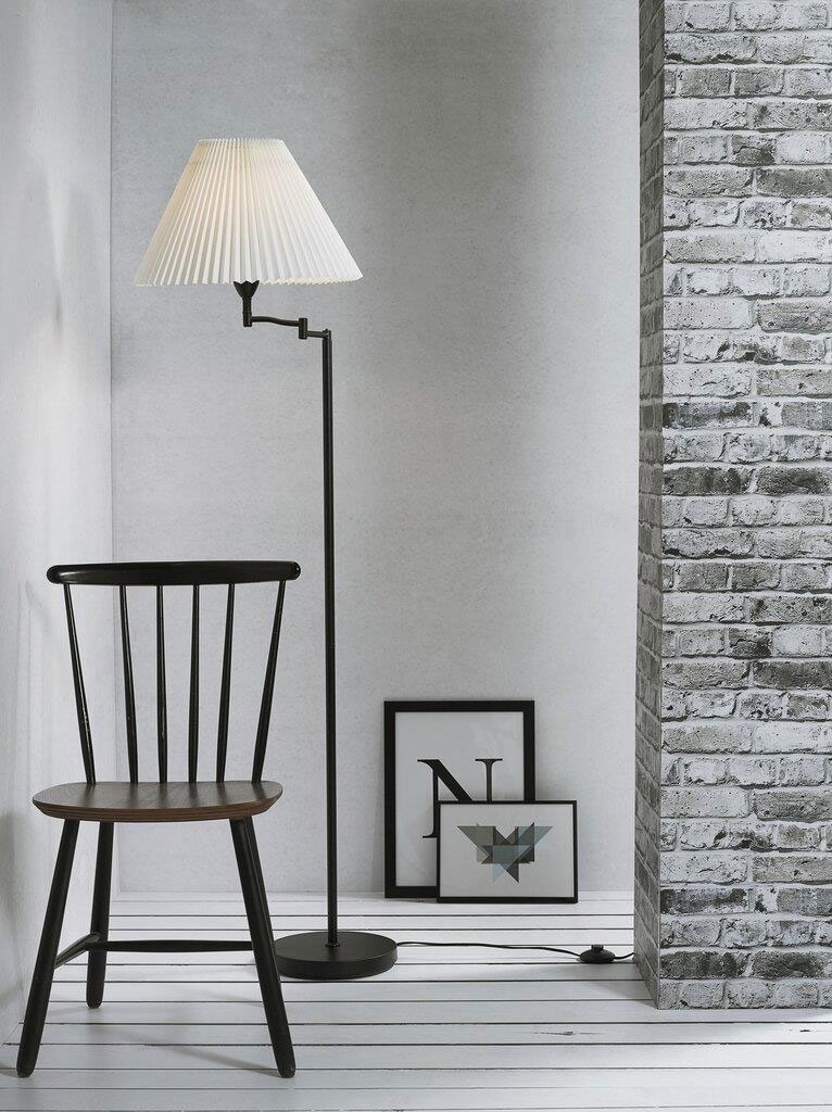 Picture of: Swing Arm Pleated Shade Black Base Floor Lamp