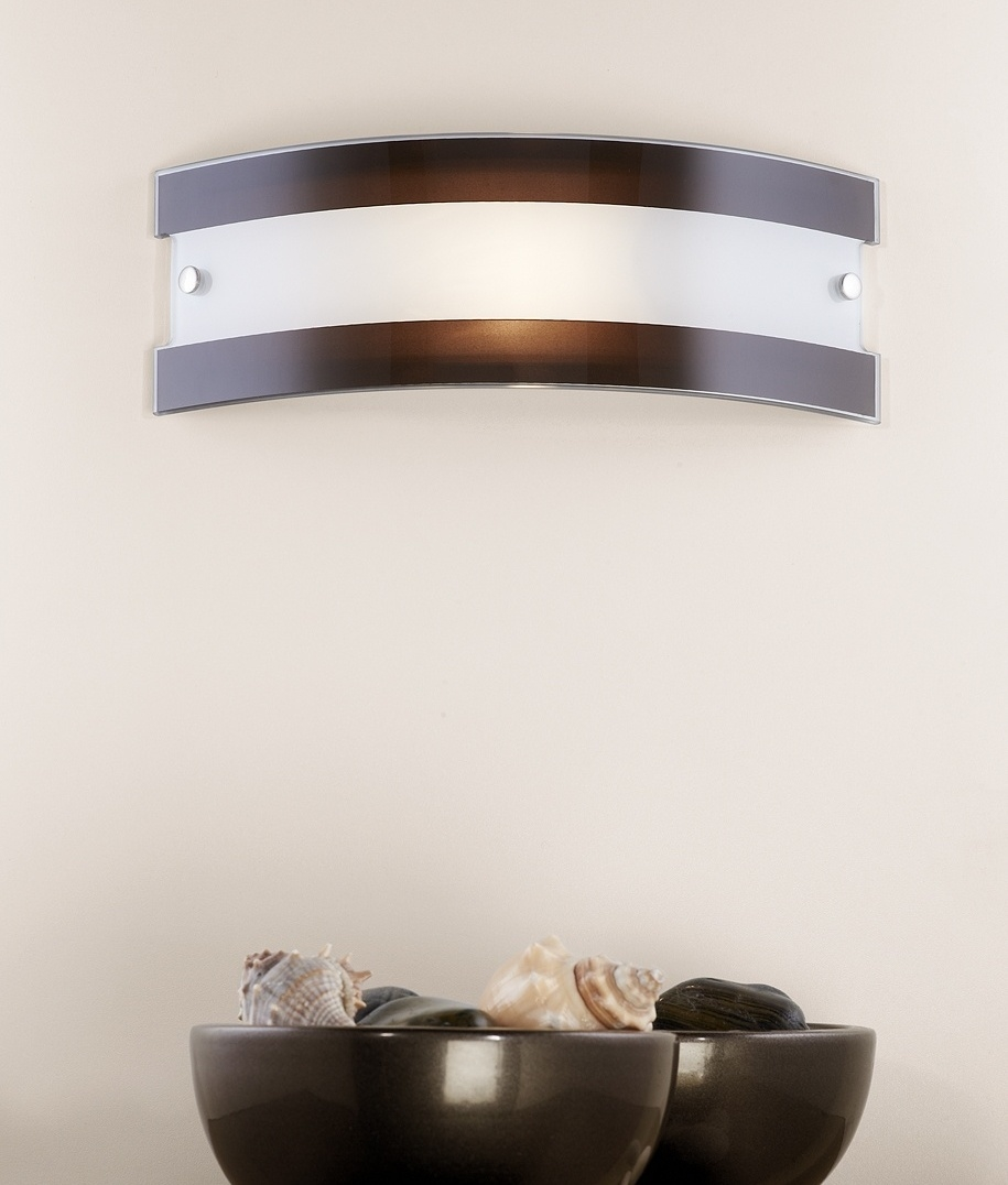 Curva Wall Light - fits flush to wall, two sizes and two colours