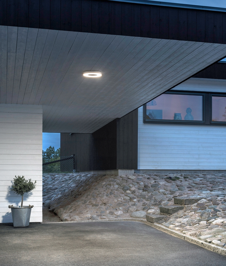 Led Ceiling Or Wall Light For Exterior Use With A Remote