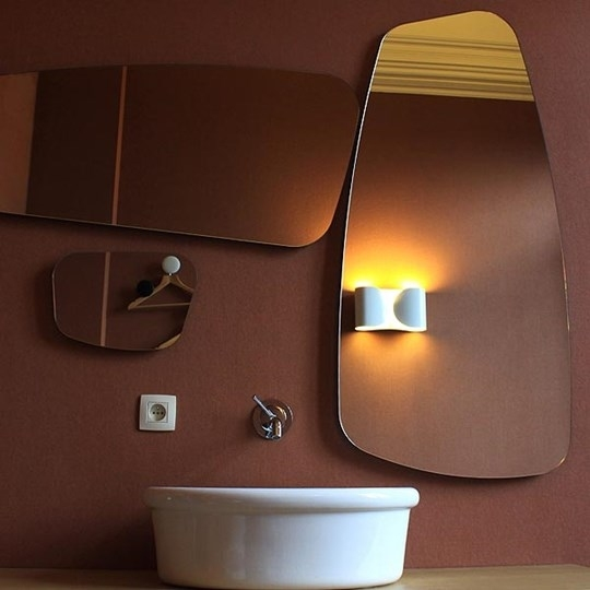 Foglio wall light by flos available in three finishes for Flos bathroom light