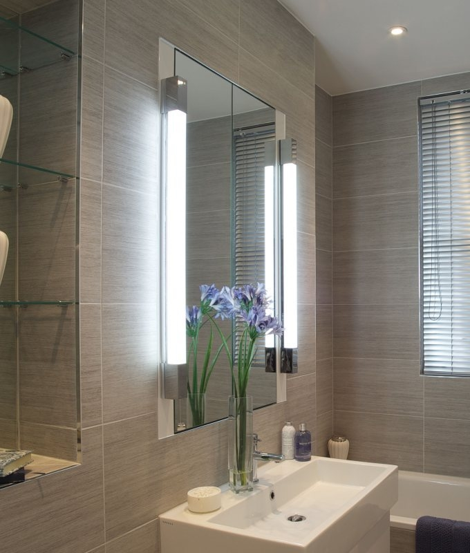 Excellent Wide Bathroom Mirror Illuminating Backlight W1250mm
