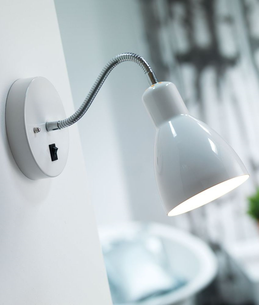 Flexible Switched Wall Light In White Or Black