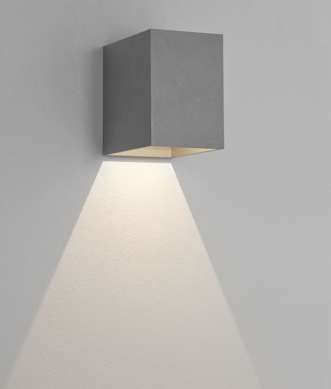 Cube Wall Fixed Downlight With Led Lamp In 3 Finishes