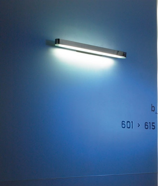 625mm Linear Wall Light In Chrome