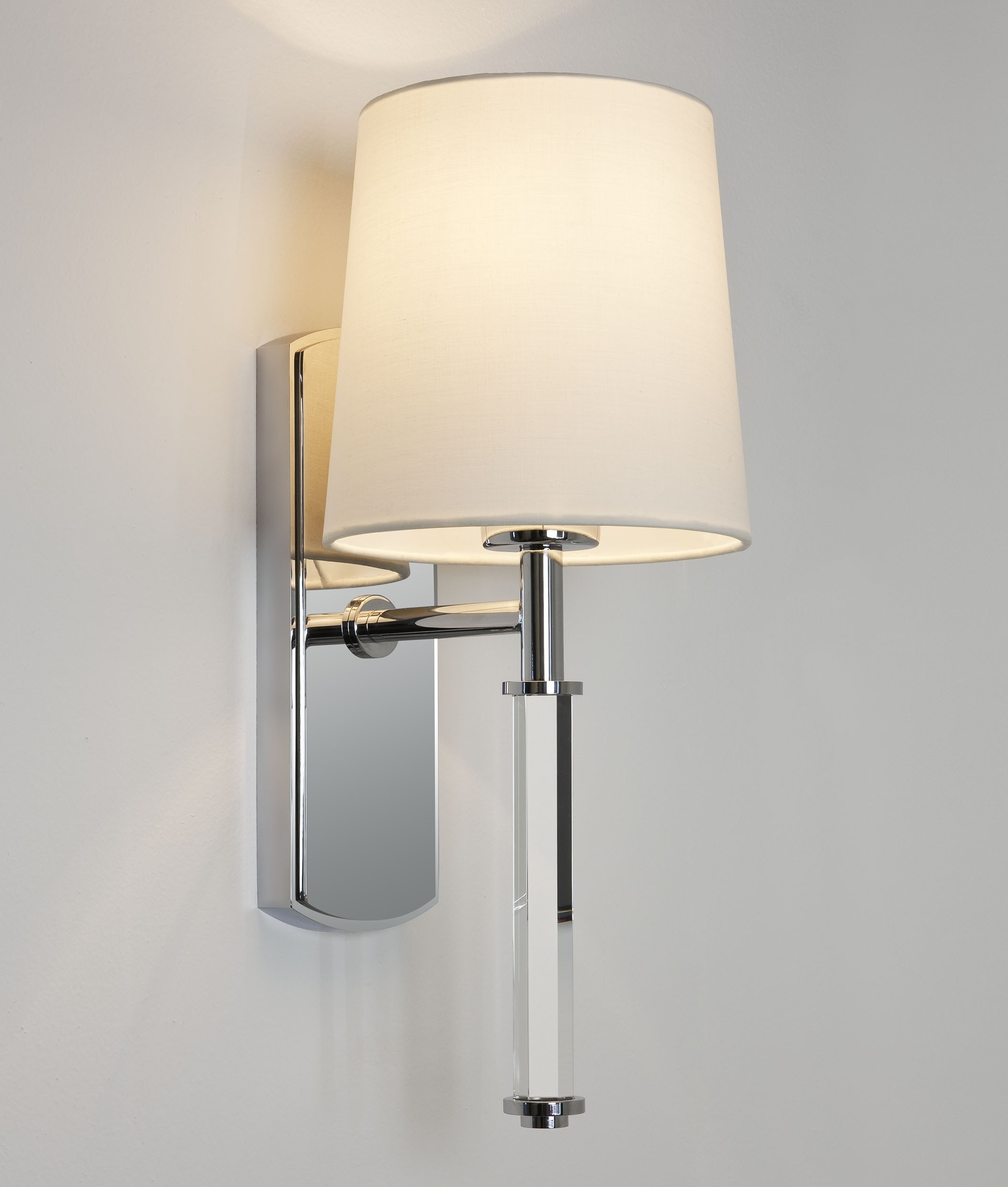 Wall Lights In Chrome : Chrome & Glass Single Arm Wall Light