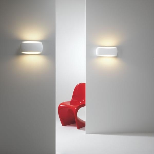 Contoured Wall Washing Lights In Natural Plaster Provides