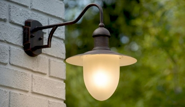 Traditional Exterior Lanterns Bracket Mounted