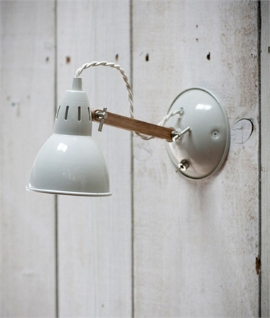 Vintage wall lights for every style of home